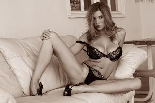 Jamie Lynn in artistic nudes