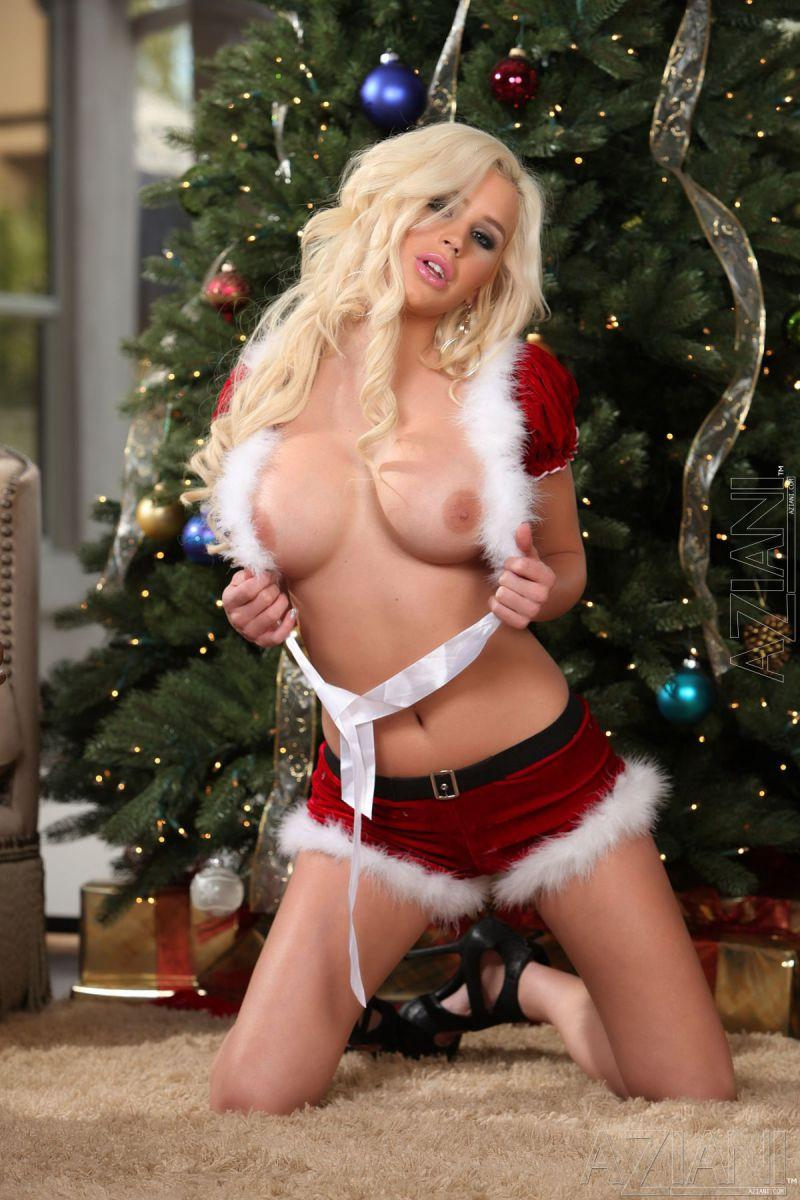 Spencer Scott as sexy Santa's helper - 4