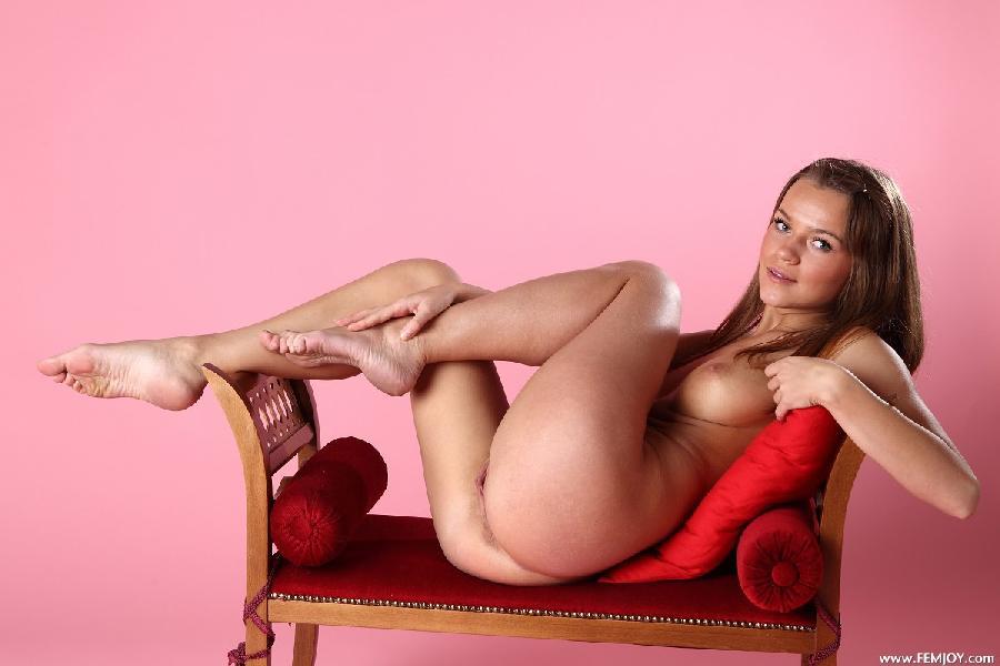 стриптиз голая красивая