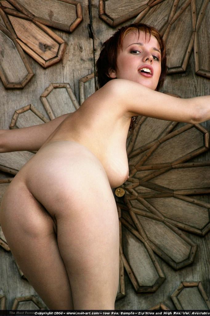 Pretty woman in artistic poses - Hylary - 11