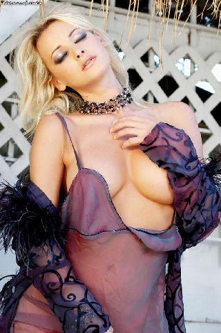 Hot Zdenka with no panties under dress