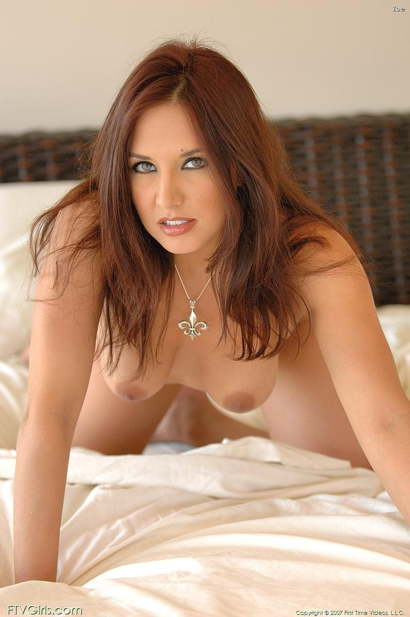 This redhead gal adores posing nude and she prefers doing indoors shows ...