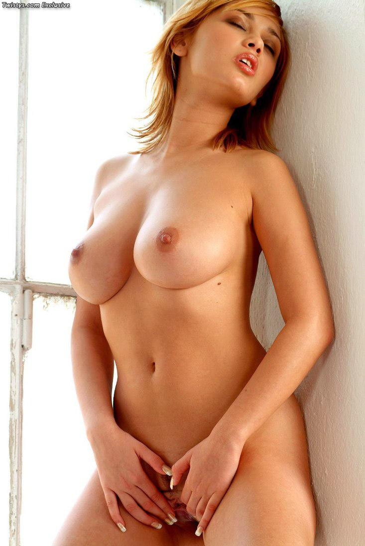 Simple Fucking Hot Naked Woman Body Photo