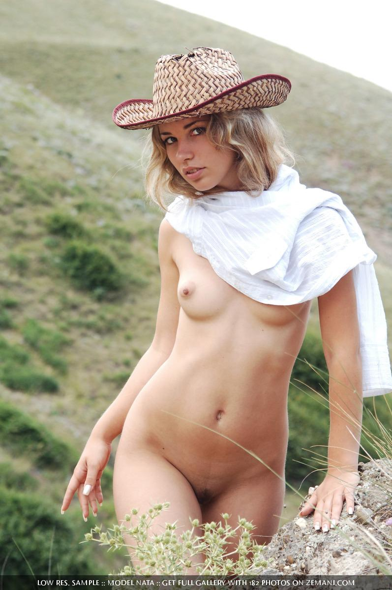 American cowboy girl naked in field - Nata - 15