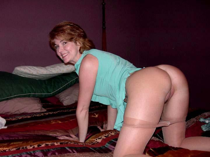 Mature adult photo model uk