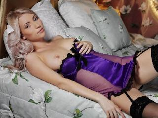 Glamorous young blonde and her sexy lingerie - Adele B