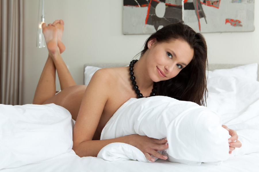 Brunette hottie give us her most indecent poses in bed - Diana G - 6