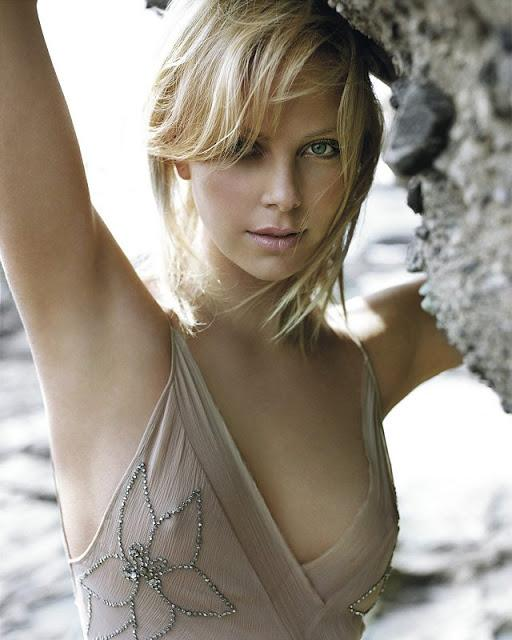 Gallery with beautiful Charlize Theron - 9