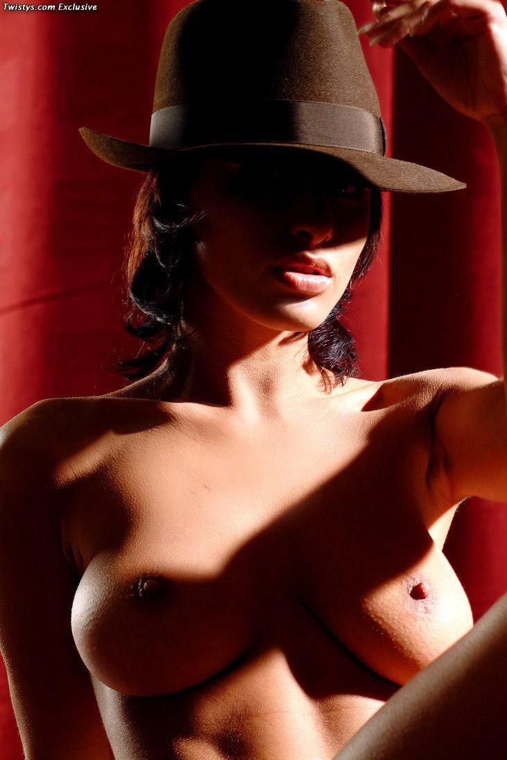 Sexy and arousing dolly Veronica Vanoza - 20