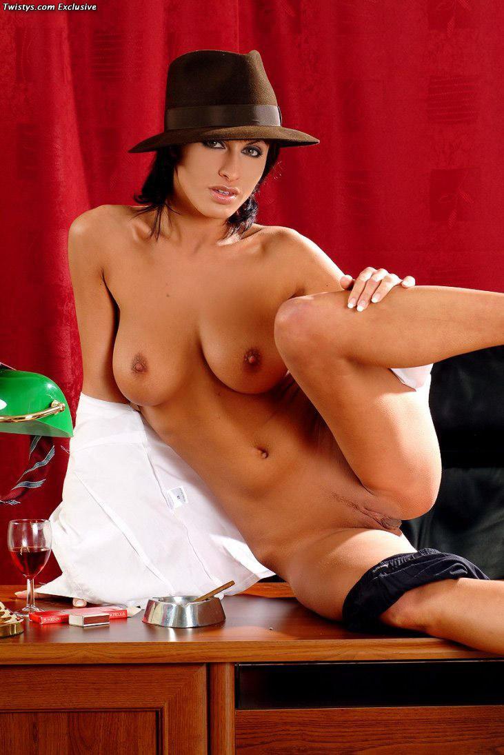 Sexy and arousing dolly Veronica Vanoza - 9