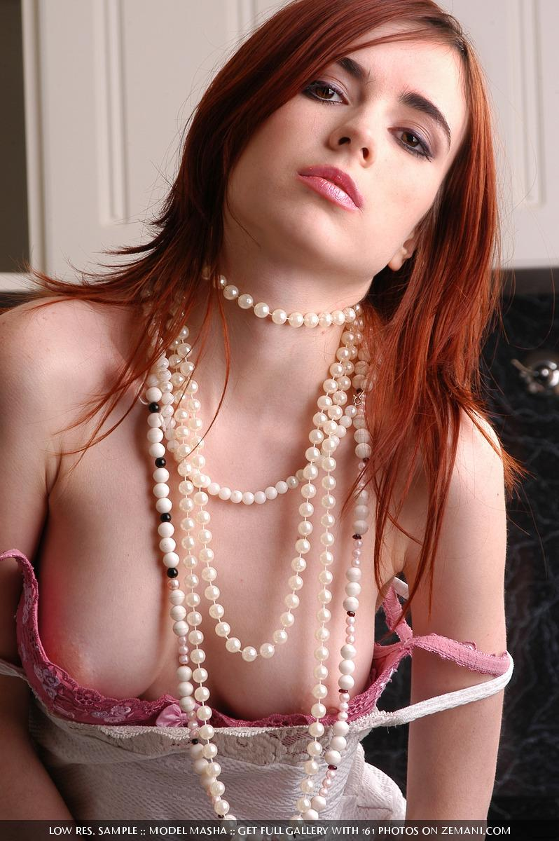 Seductive redhead girlie with splendid body - Masha - 1