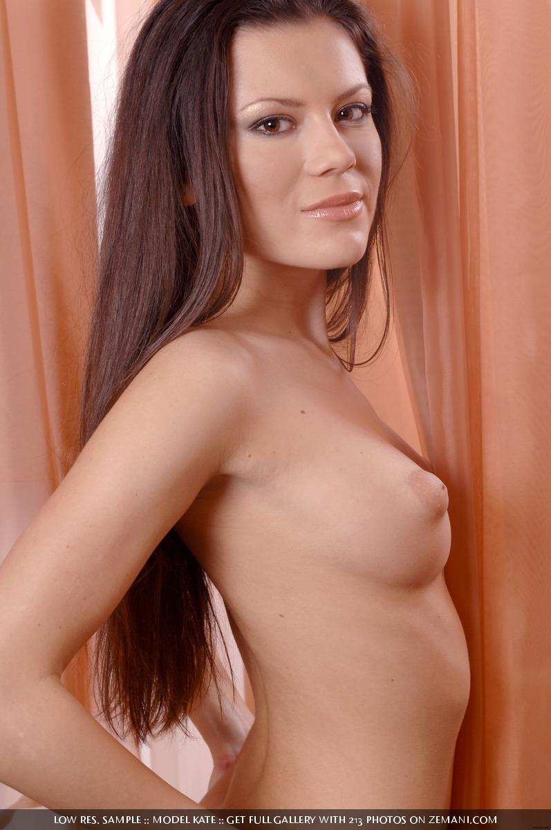 Pretty naked Kate strips her yellow dress - 13