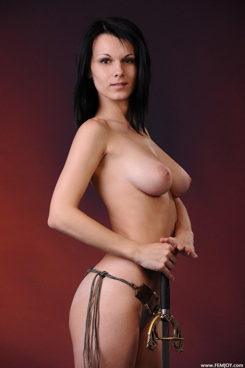 look nude Lydia