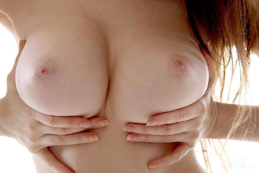 Cute Emily shows perfect tits - 10