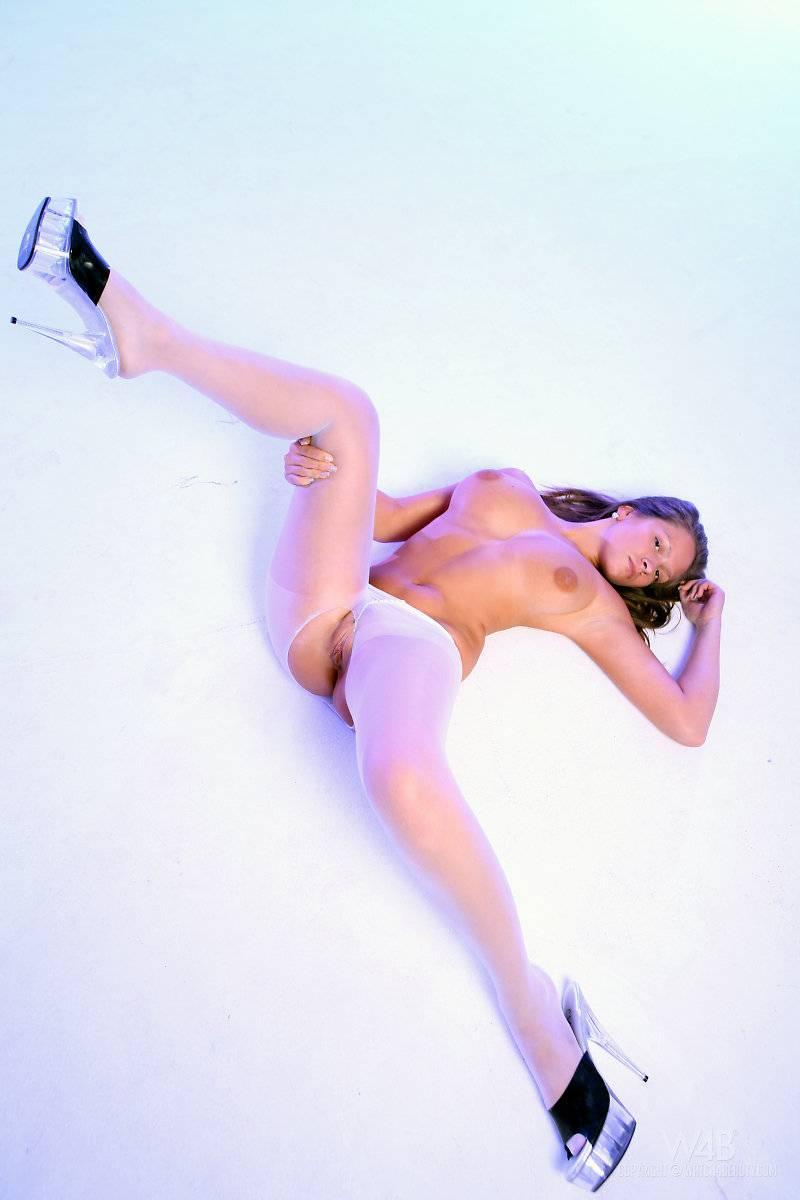 Delightful girl in white pantyhose - Sydney  - 12