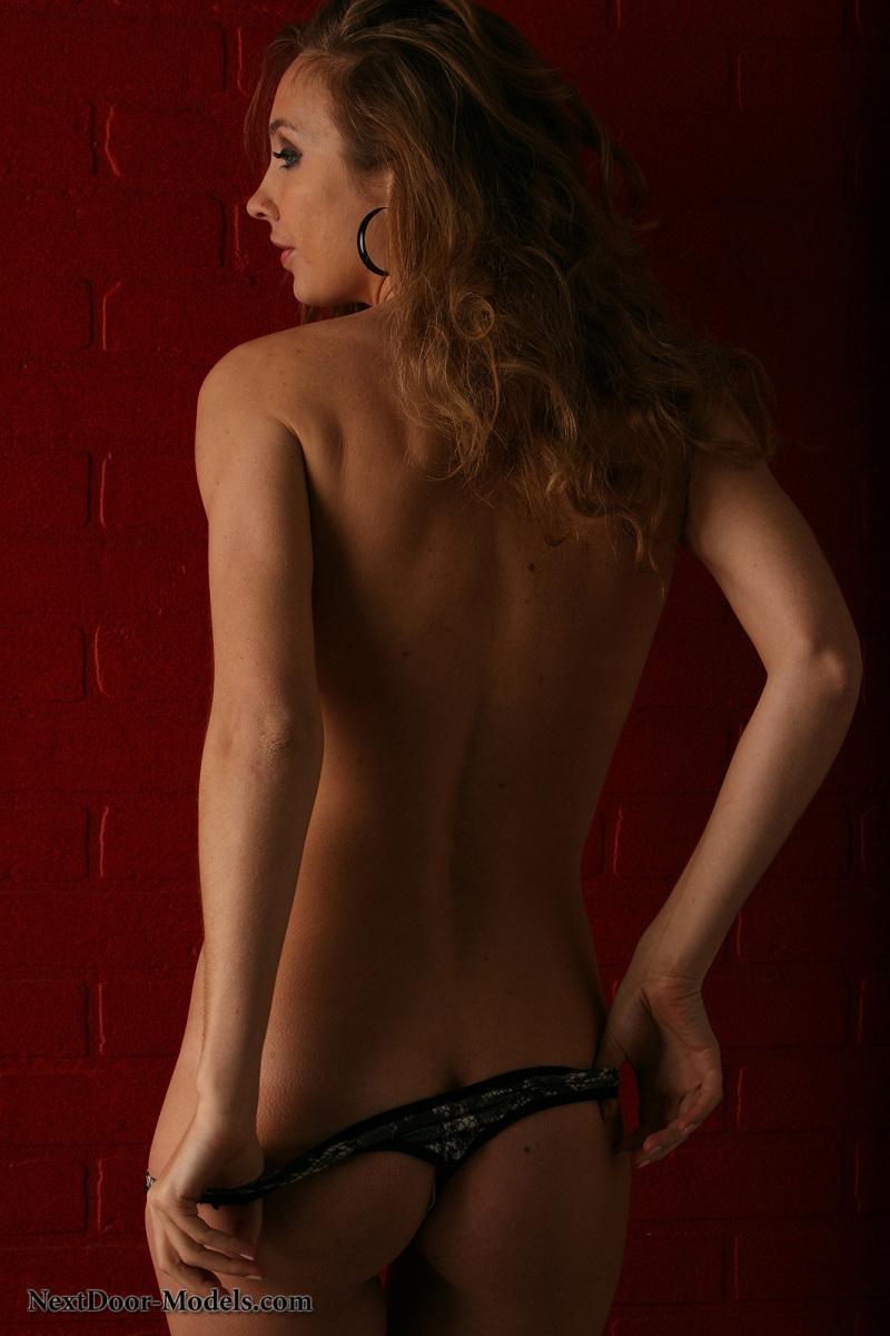 Stunning model in snake skin bikini - Sasha - 7