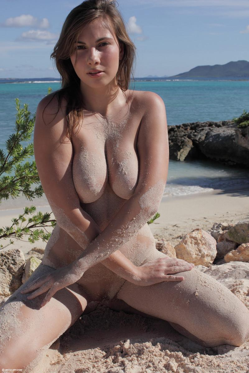 Beach goddness and her great body - Connie - 7