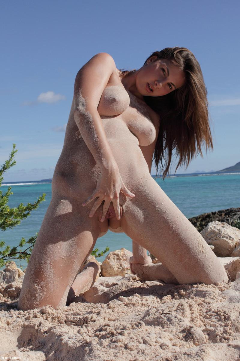 Beach goddness and her great body - Connie - 8