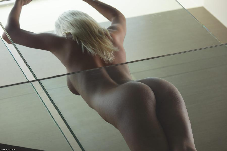 Blonde seductress with perfect body - Megan - 11