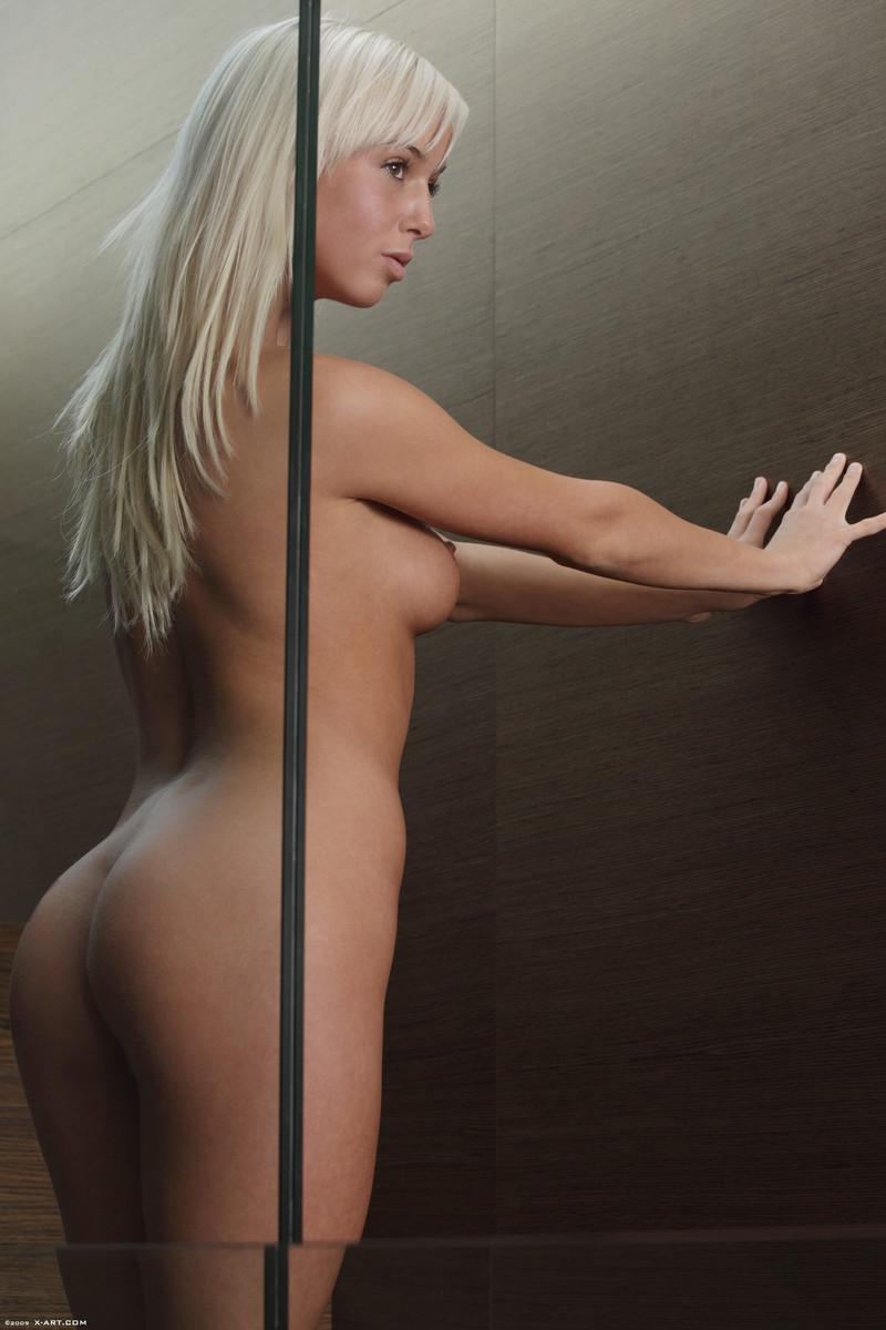 Blonde seductress with perfect body - Megan - 9