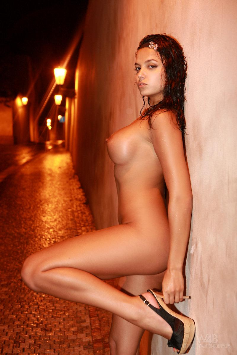 Nude sanches stacey