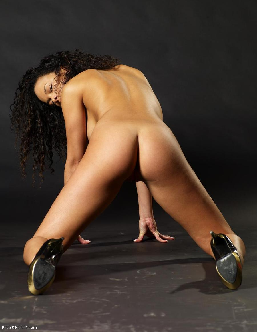 Black high heels and nude - Gabriella - 15