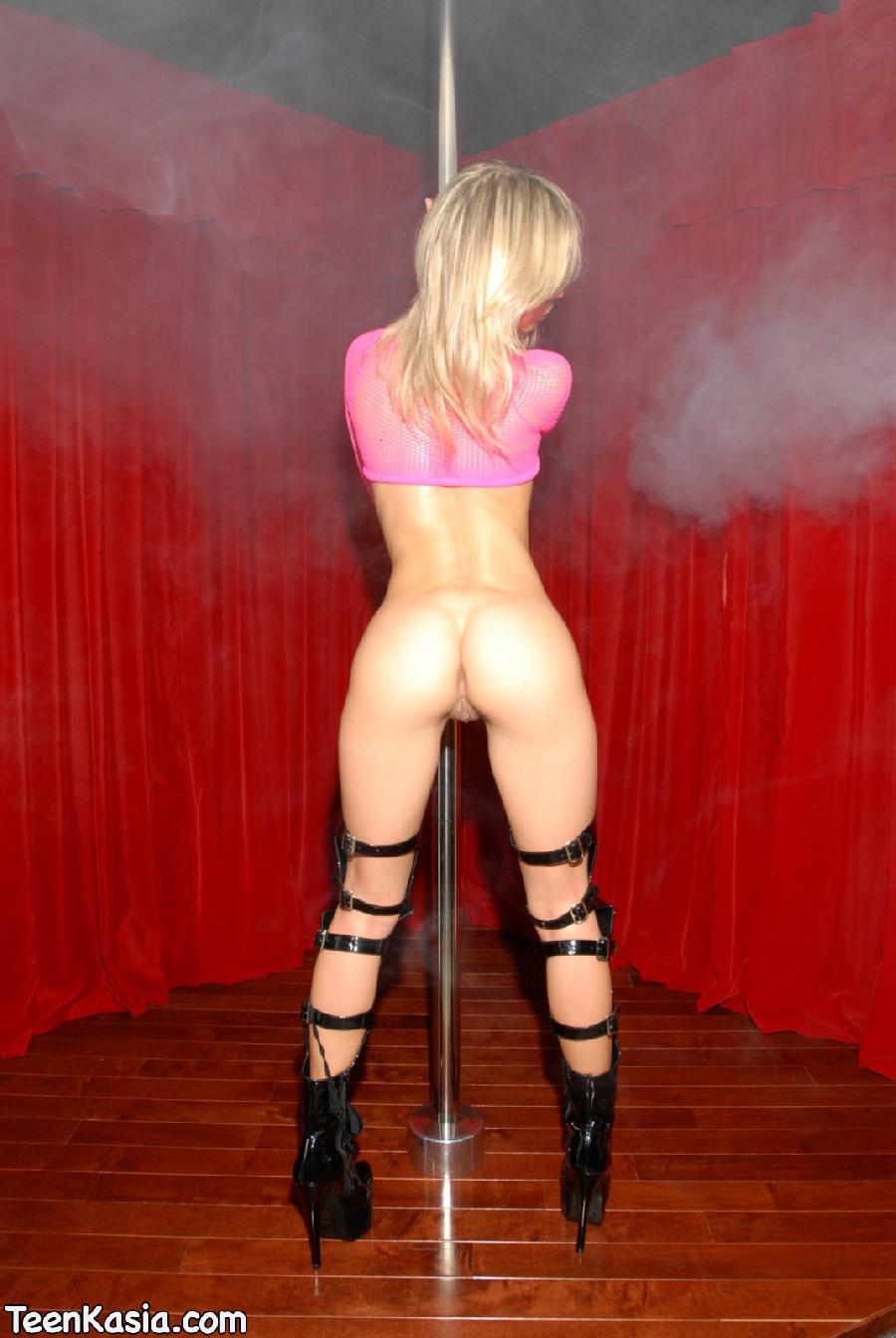 Pole dancing - 10