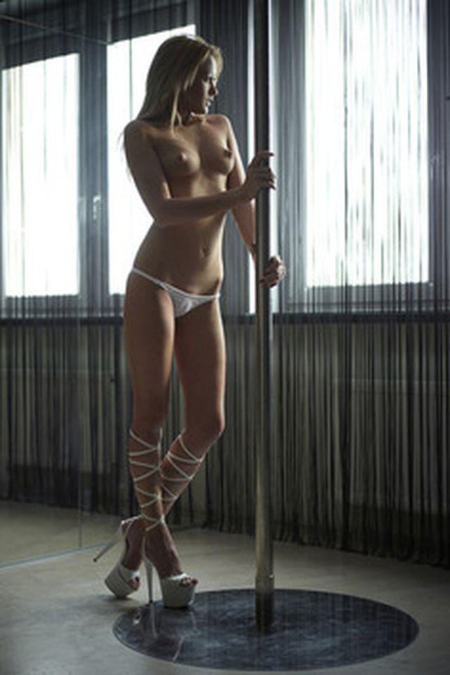 Pole dancing - 5