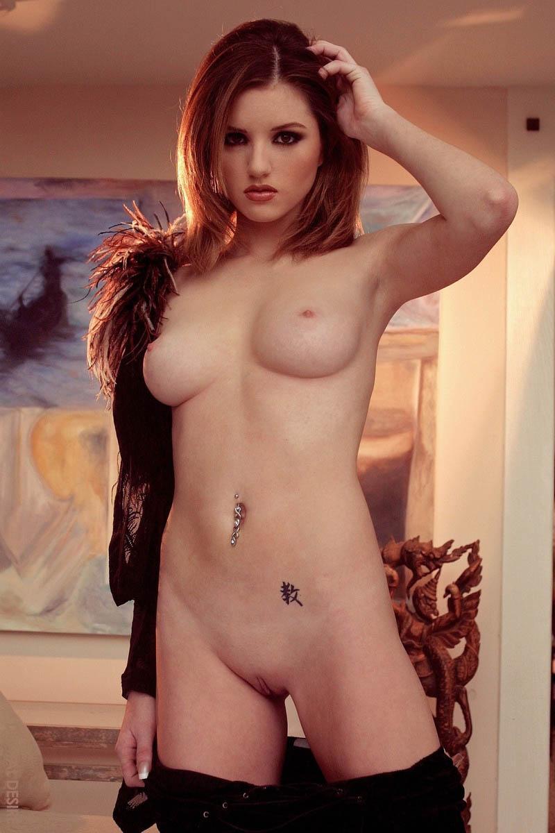 Sexy naked redhead