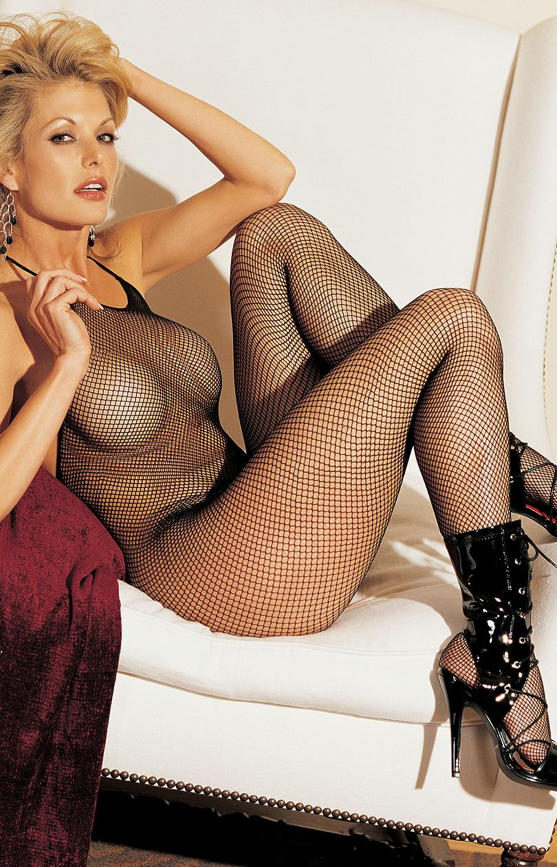 Blondes in bodystockings - 1
