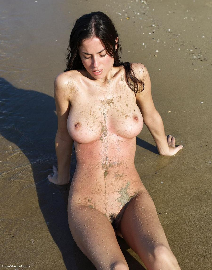 Sand on the body - Murriel - 1