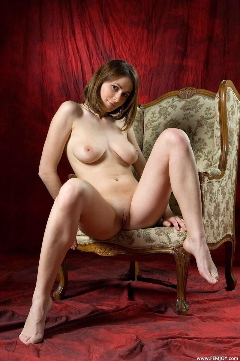 Exculive woman on a chair - Chalice - 9