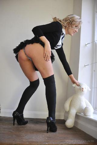 Sweet schoolgirl and her upskirt - Faye Taylor