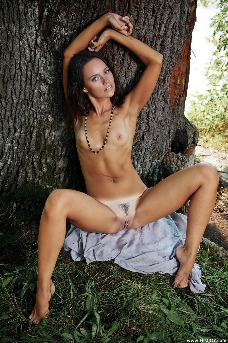 Naked girl with tanned body - Zoey - 5