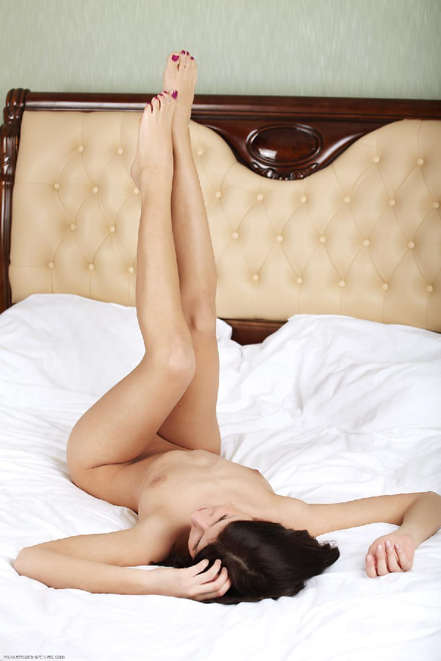 Gerda likes sleep naked - 12