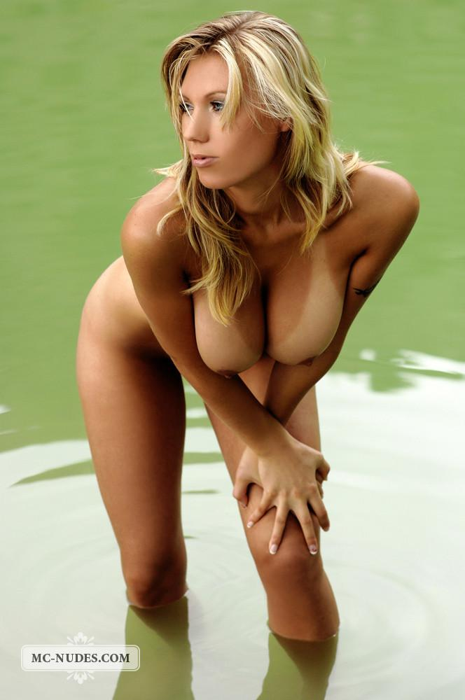 Enticing blonde in lake - Alice - 11
