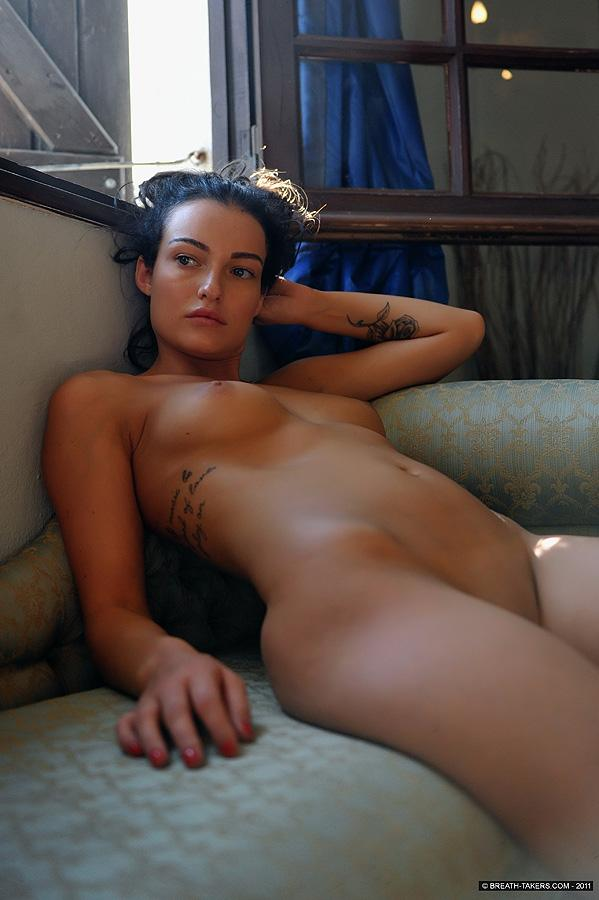 Naked and tanned Kayleigh - 8