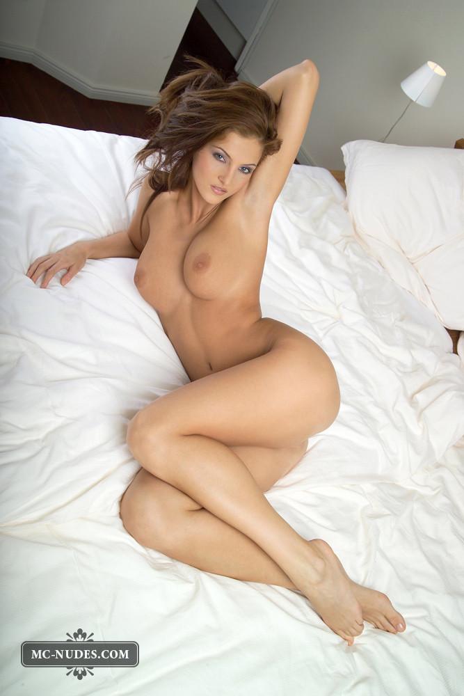 Quartnee reese naked