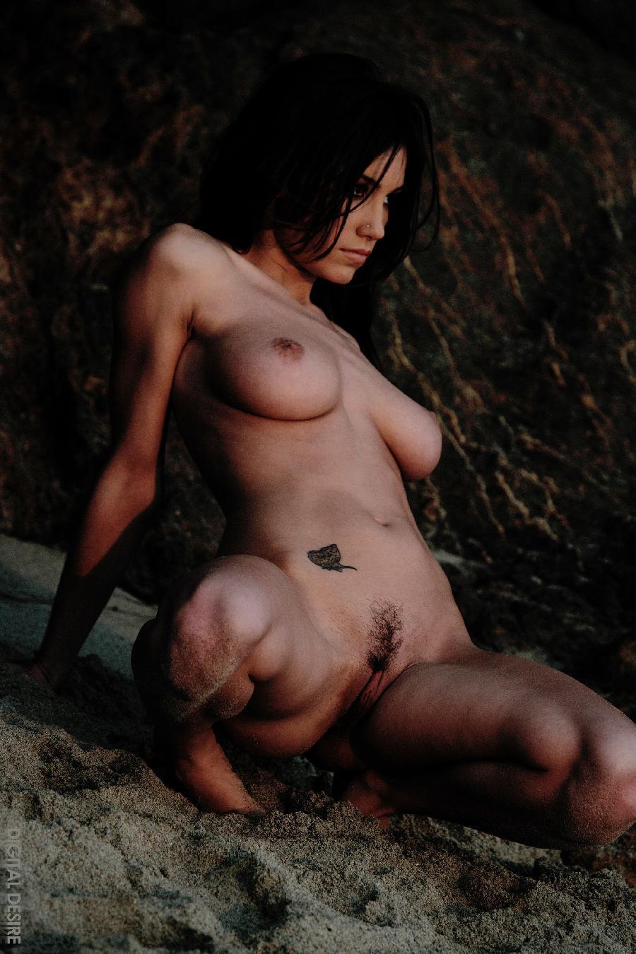 Nude kajol devgan lesbian