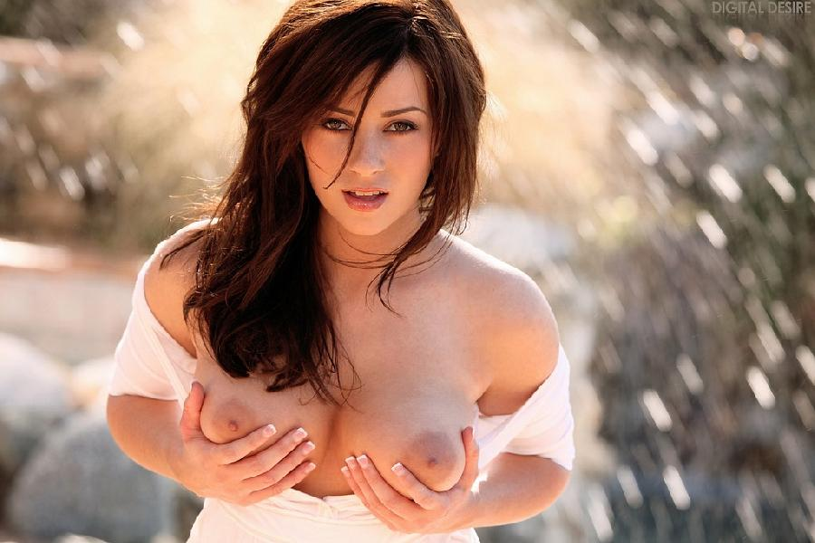 Taylor Vixen is wet today - 4