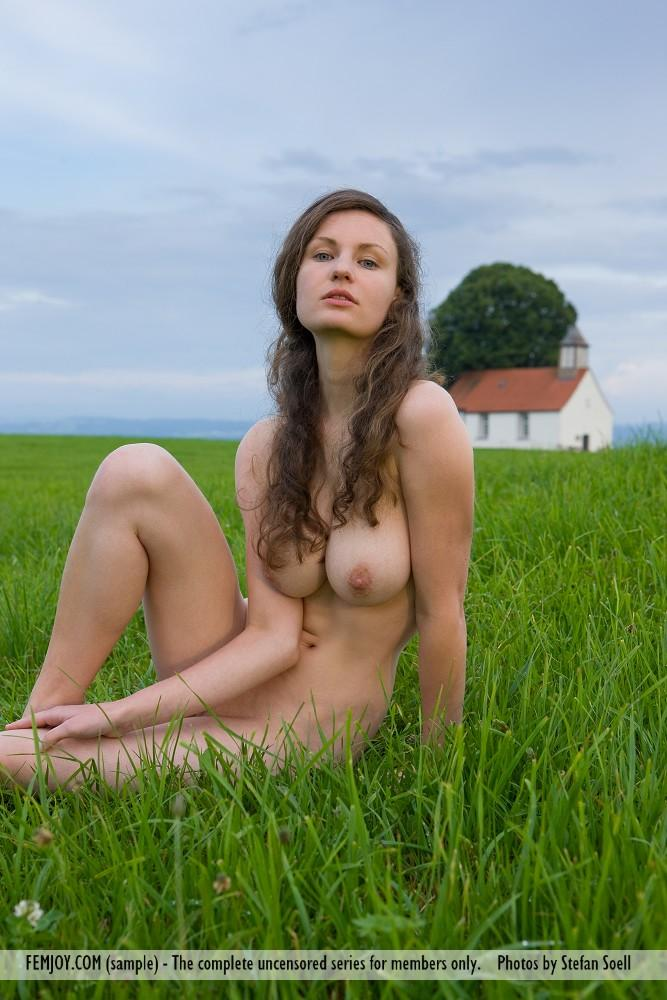 Girls are posing on meadows - 2