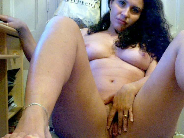 Latina mom shows hot body - 4
