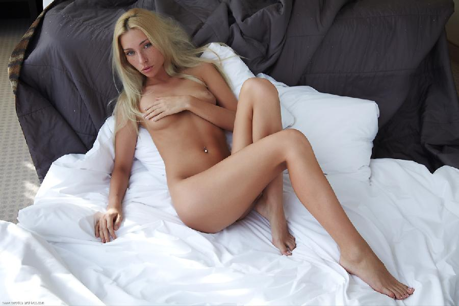 Naked blonde in hotel room - Adele. Part 3 - 1