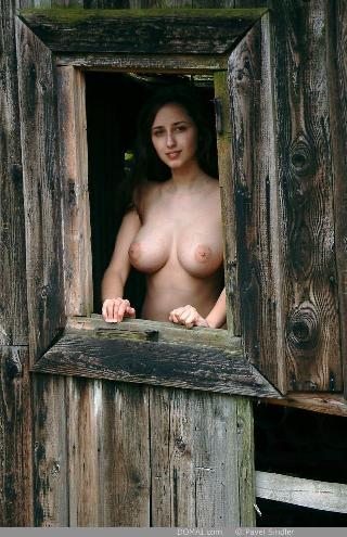 Naked girl is posing outdoor - Zuzanna