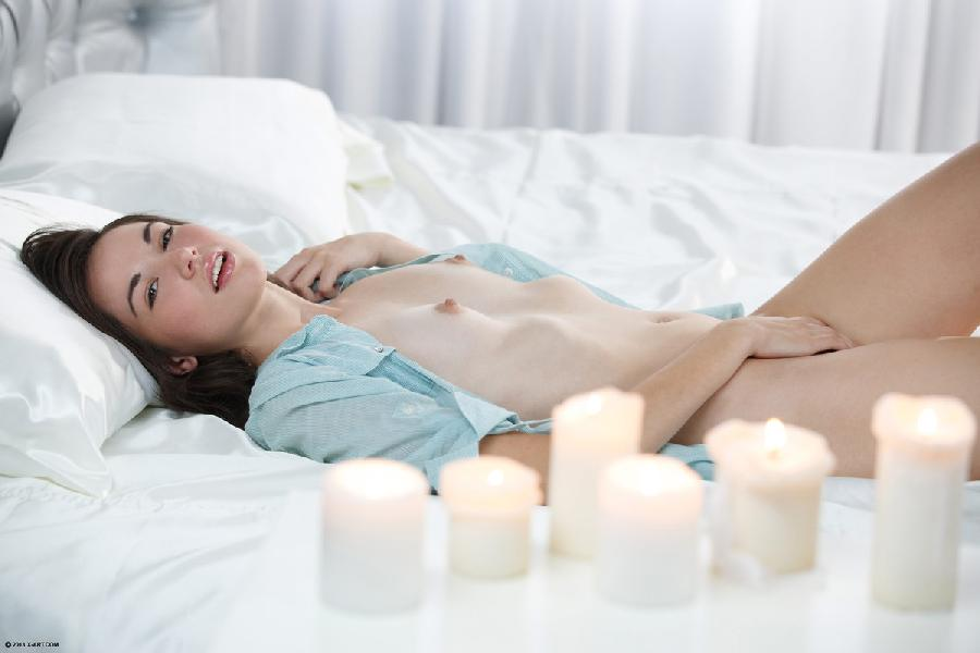 It's time for little pleasure - Emilie - 3