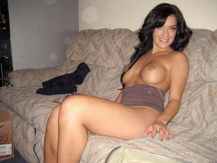 latina mom nude