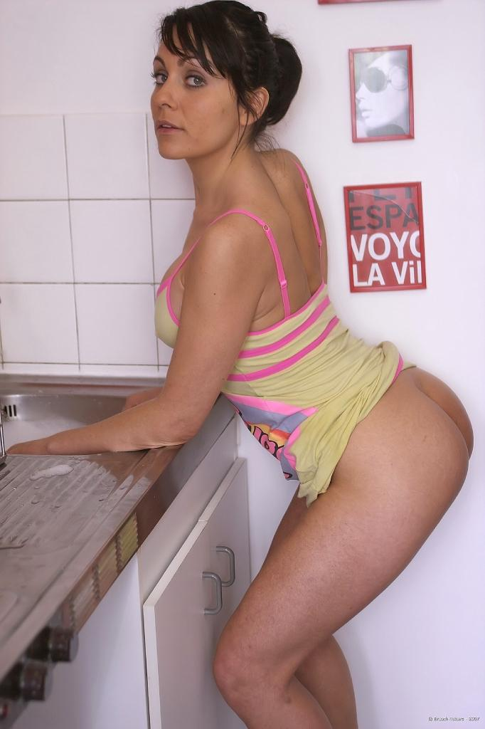 Cleaning not only kitchen - Gina - 2