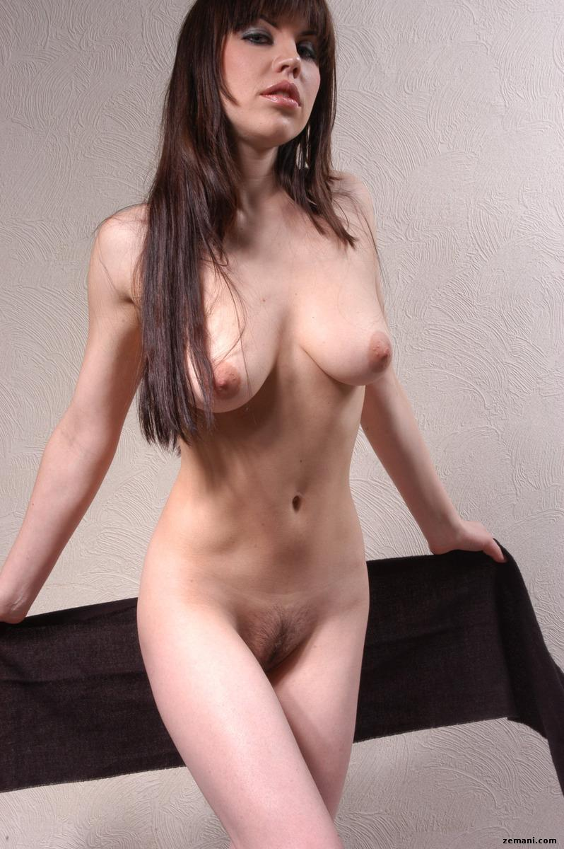 Naked model with black scarf - Anka - 3
