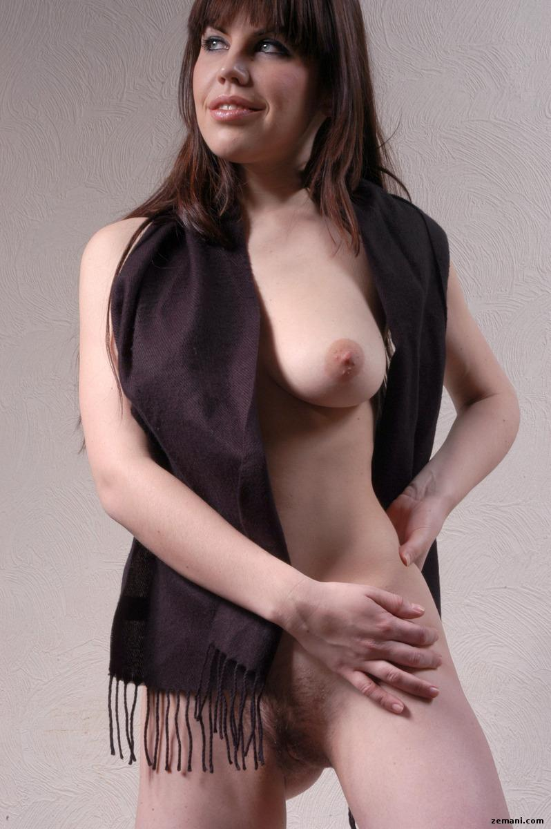 Naked model with black scarf - Anka - 7