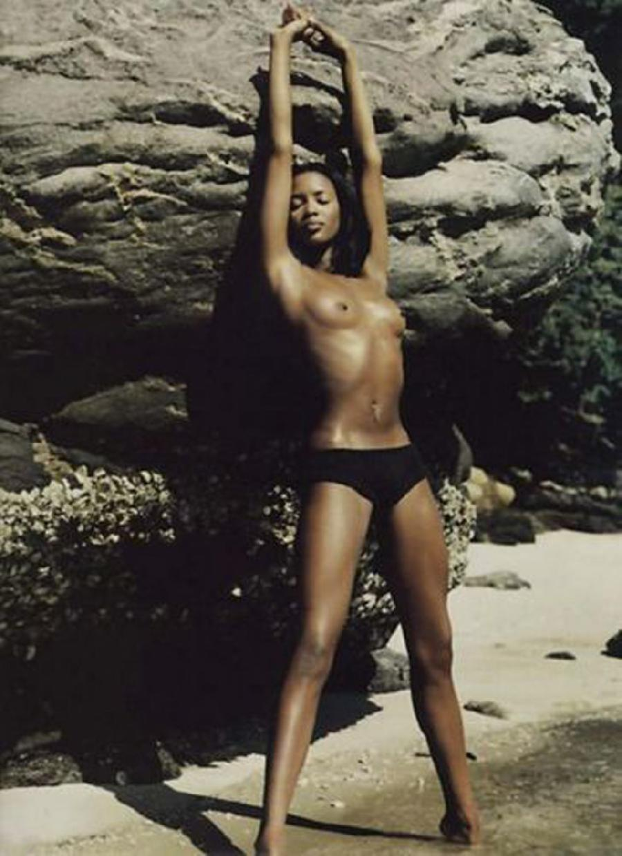 Gallery with Naomi Campbell - 3